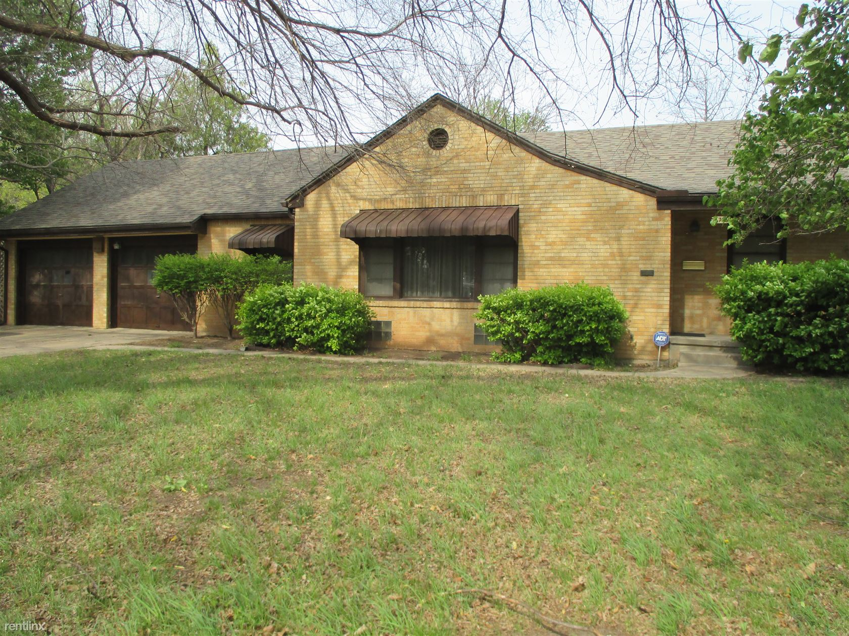 5718 Rockwood Rd, Wichita, KS - $1,200