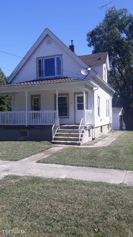 397 E. Water St., Kankakee, IL - $1,300