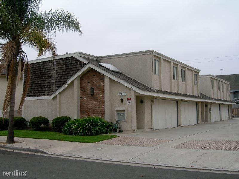 7922 Glencoe Drive 1, Huntington Beach, CA - $2,650