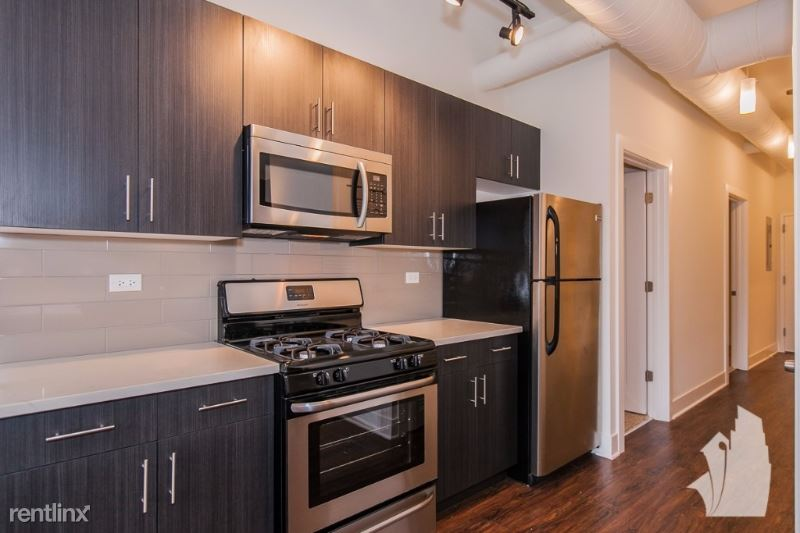 2001 S State St 4F, Chicago, IL - $2,250