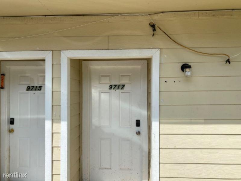 9717 Sycamore, Little Elm, TX - $1,199