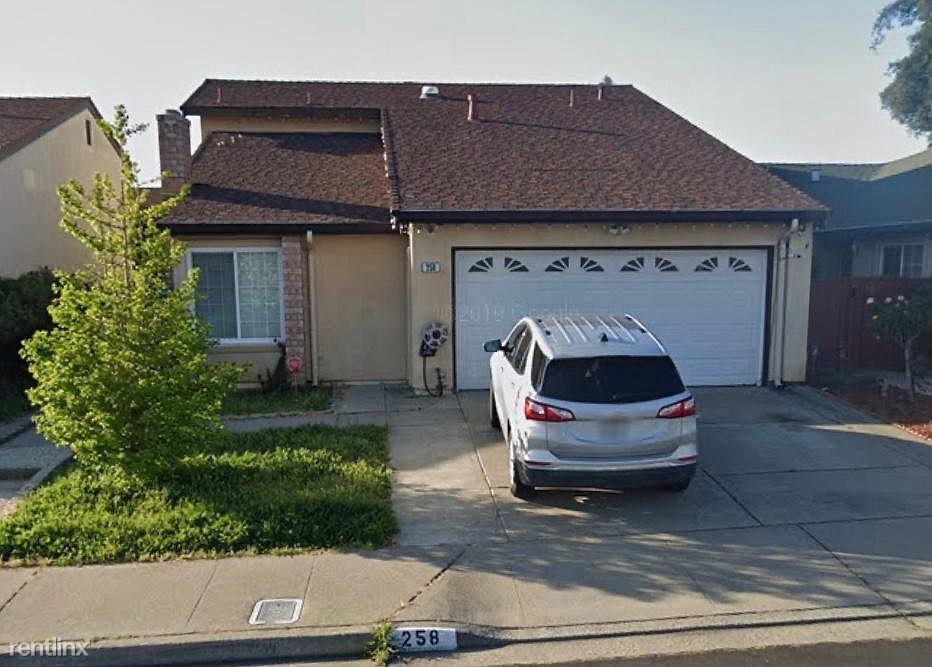 258 Jacaranda Dr, Hayward, CA - $3,500