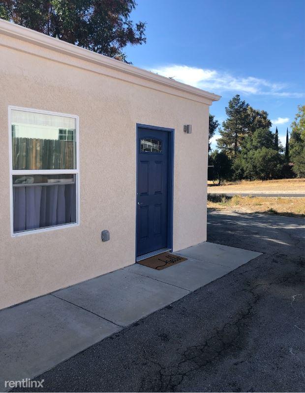 9017 Via Tortuga, Atascadero, CA - $1,400