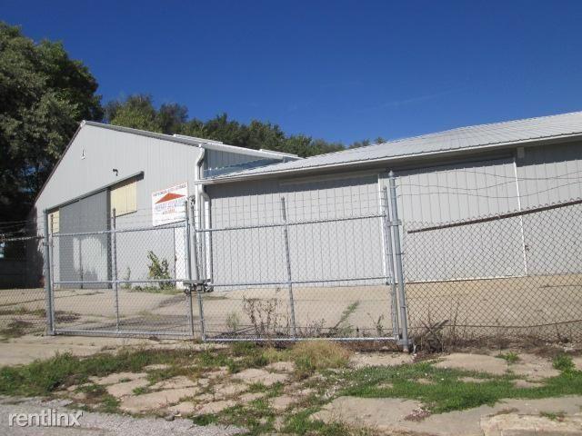3124 Spaulding St Metal Bldg., Omaha, NE - $5,000
