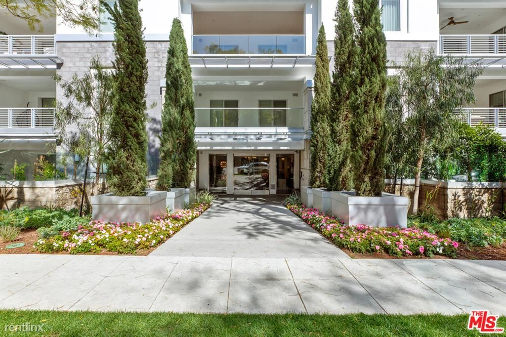 460 N Palm Dr Unit 104, Beverly Hills, CA - $9,500
