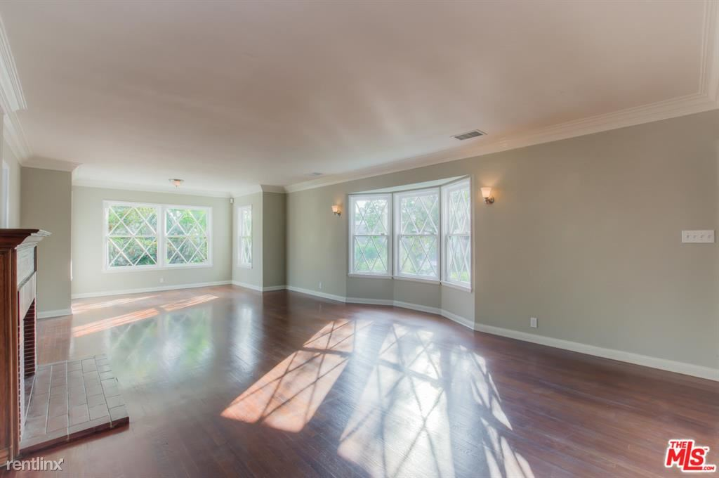 1320 Londonderry Pl, Los Angeles, CA - $8,200 USD/ month