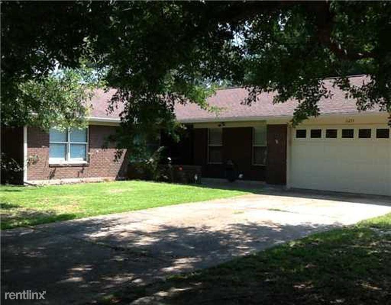 6233 Kimbrough Blvd, Biloxi, MS - $1,300