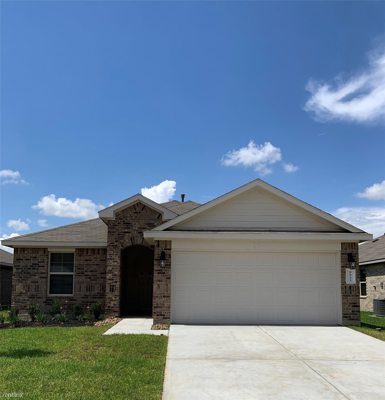 9922 Ranger Falls Ln, Conroe, TX - $1,700