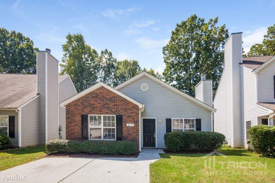 3112 Reid Brook Lane, Charlotte, NC - $1,449
