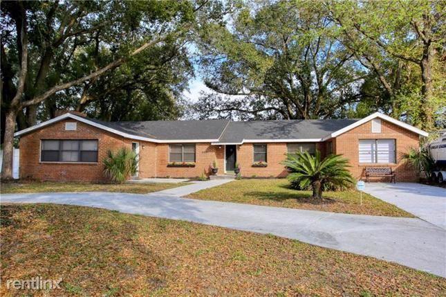 2551 S Palmetto Ave, Sanford, FL - $1,710