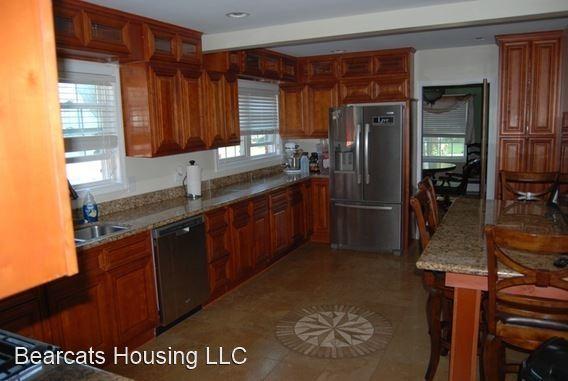 72 MATHEWS, Binghamton, NY - $3,250