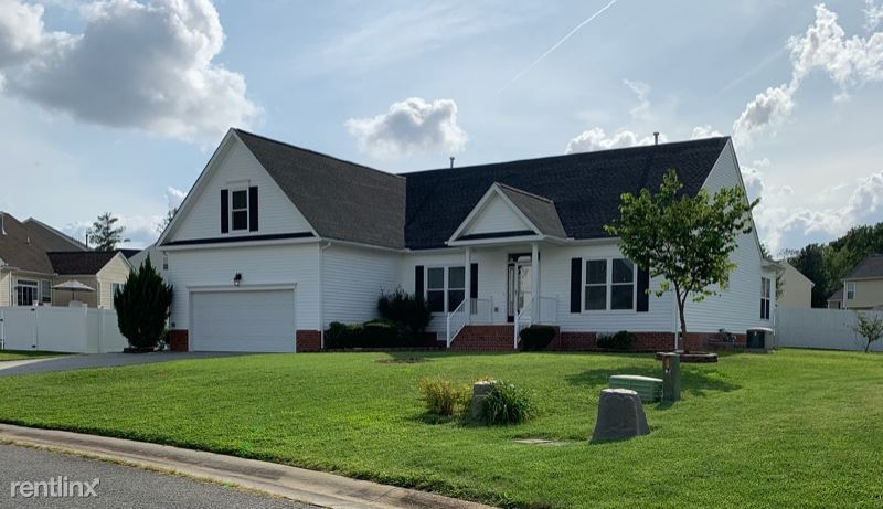 13478 Naylors Blue Dr, Chester, VA - $2,275