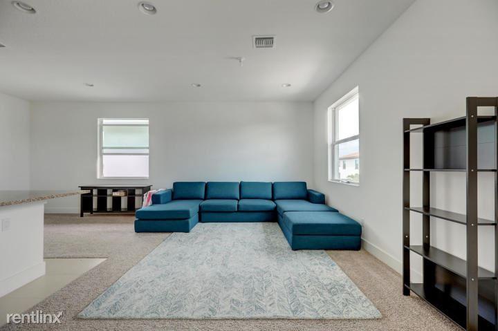 13233 Alton Rd, Palm Beach Gardens, FL - $1,700