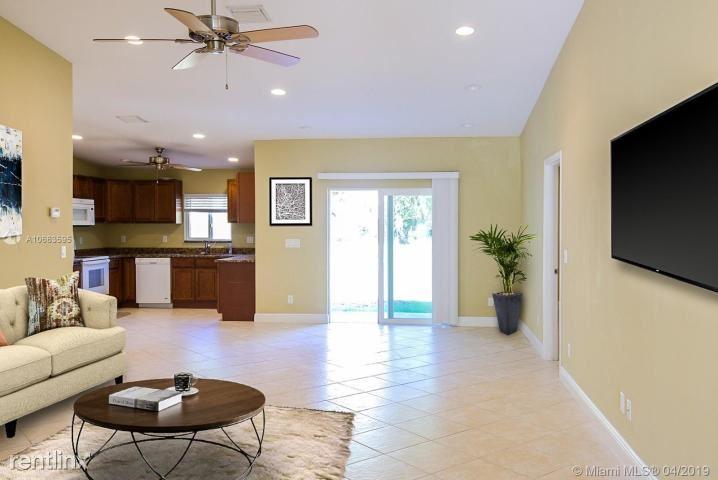 1318 NE Sago Dr, Jensen Beach, FL - $2,400