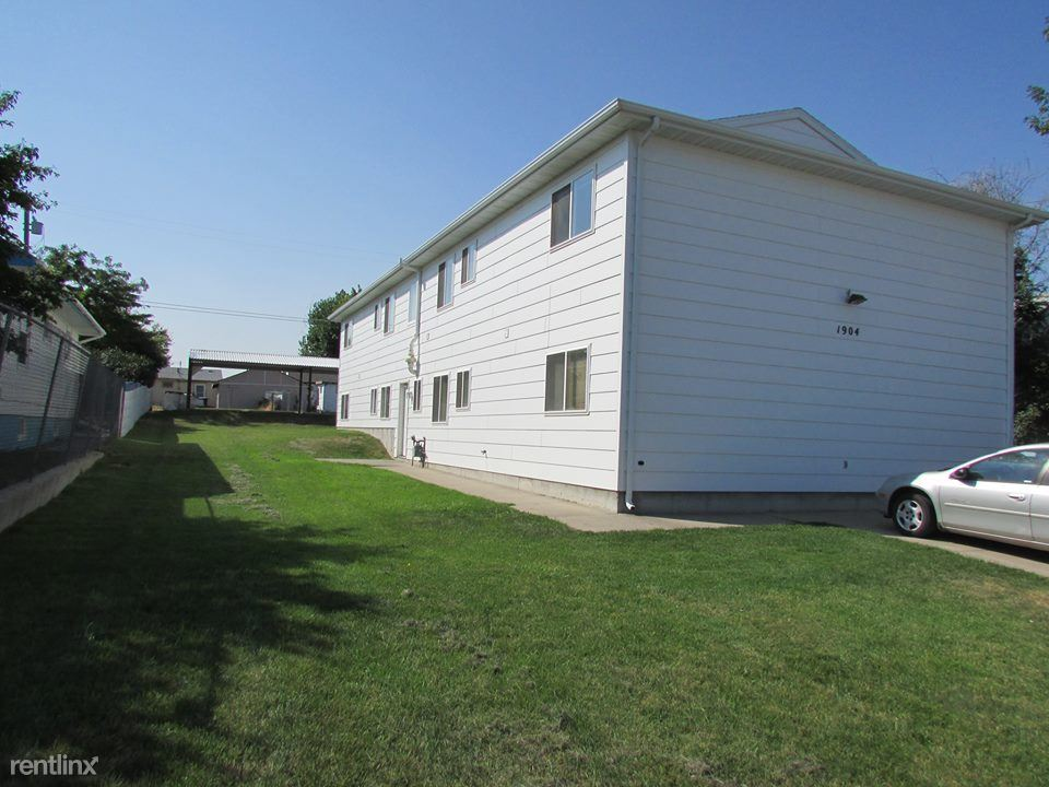 1904 19th Ave. S. A, Great Falls, MT - $700