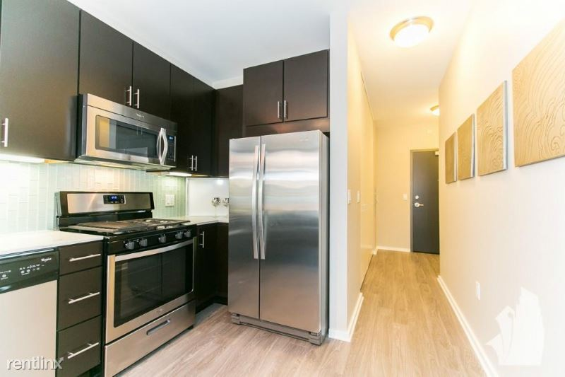 123 N Desplaines St 1501, Chicago, IL - $4,640