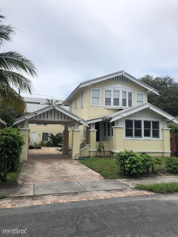 316 Wildermere Rd, West Palm Beach, FL - $2,600