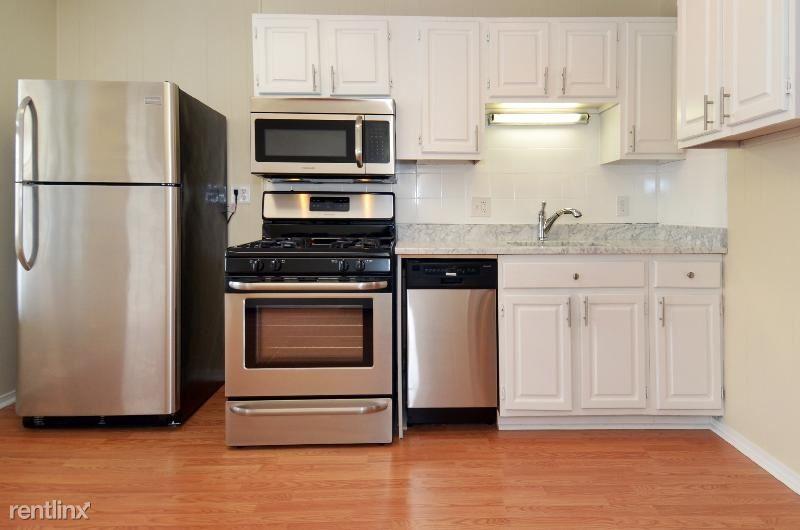 141 Cottage St 2, East Boston, MA - $2,500