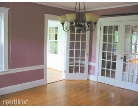 233 Commonwealth Ave # 2/3, Chestnut Hill, MA - $4,800