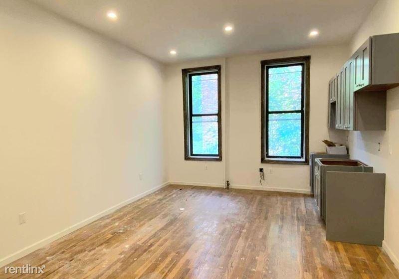 350 Bedford Ave 7, Brooklyn, NY - $2,400