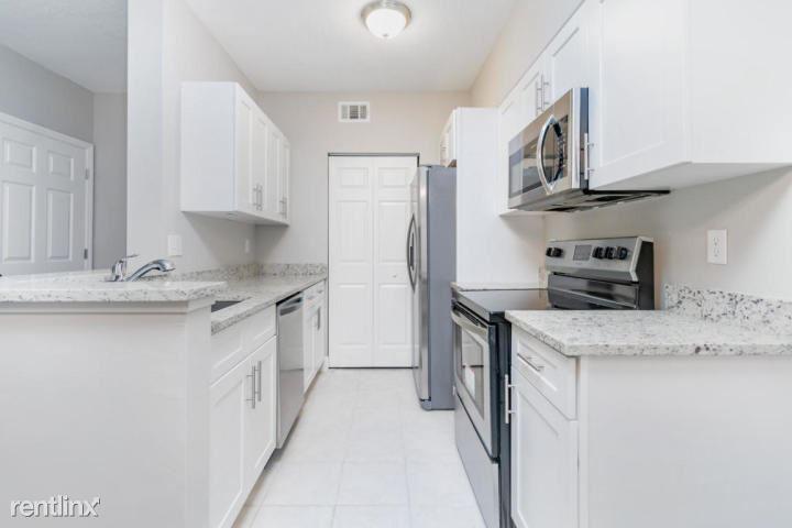 10306 Fox Trail Rd S Apt 914, Royal Palm Beach, FL - $1,750
