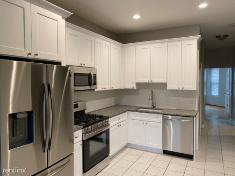3343 N Troy St, Chicago, IL - $2,250