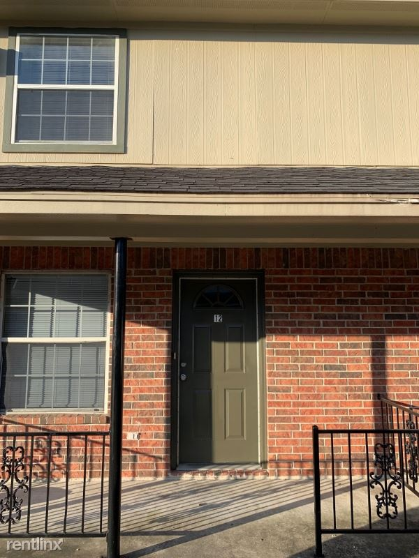 3201 Avenue H 10, Nederland, TX - $1,200