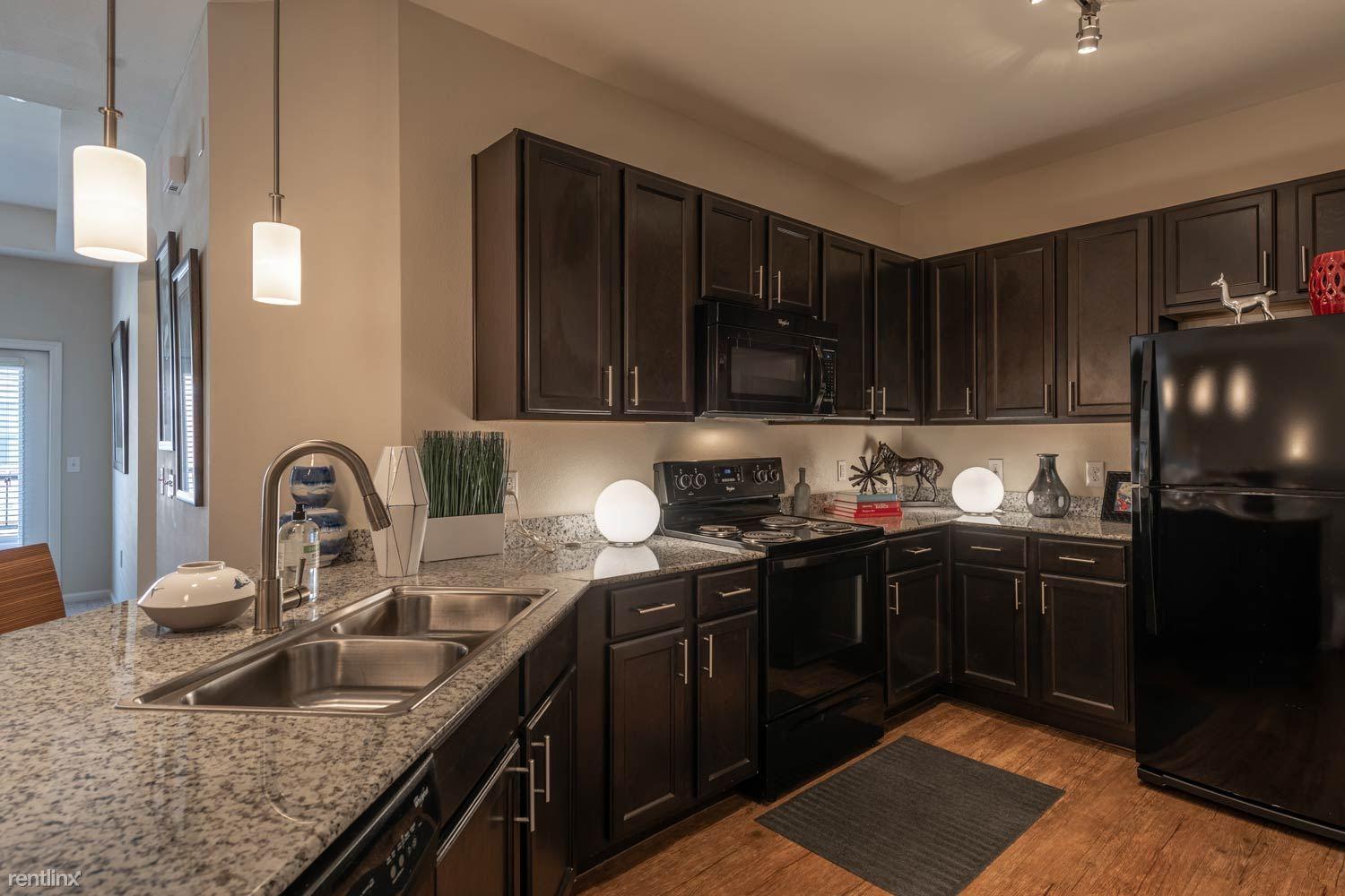 8585 Sienna Springs Blvd, Missouri City, TX - $1,195 USD/ month