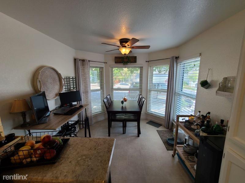 4714 Amber Hill Ln, Reno, NV - $2,300