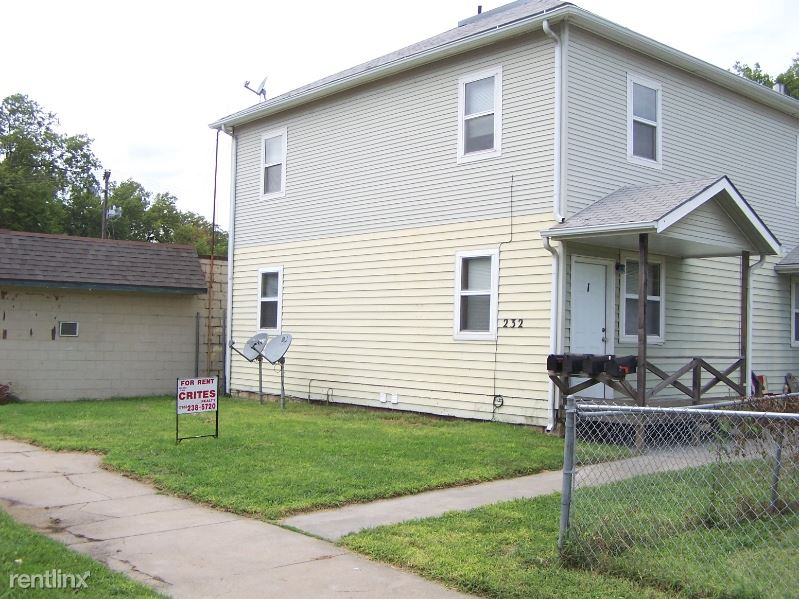 232 W 8th Apt 1, Junction City, KS - $635