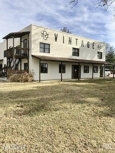 2606 E Central Ave, Bentonville, AR - $3,000