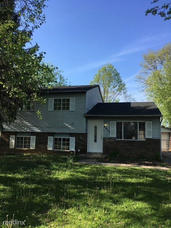4915 Woodsend Rd, Louisville, KY - $1,299