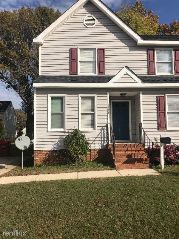 1103 Hamilton Avenue B, Colonial Heights, VA - $1,050