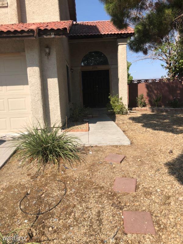 2536 Charteroak St, Las Vegas, NV - $1,995
