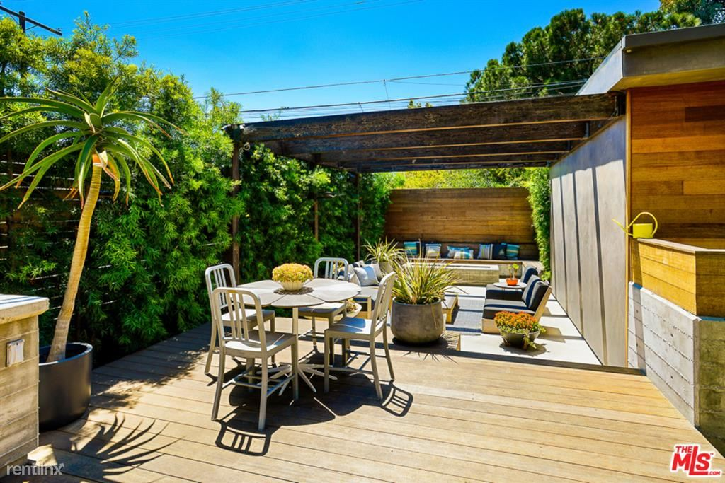 3489 Greenwood Ave, Los Angeles, CA - $9,900