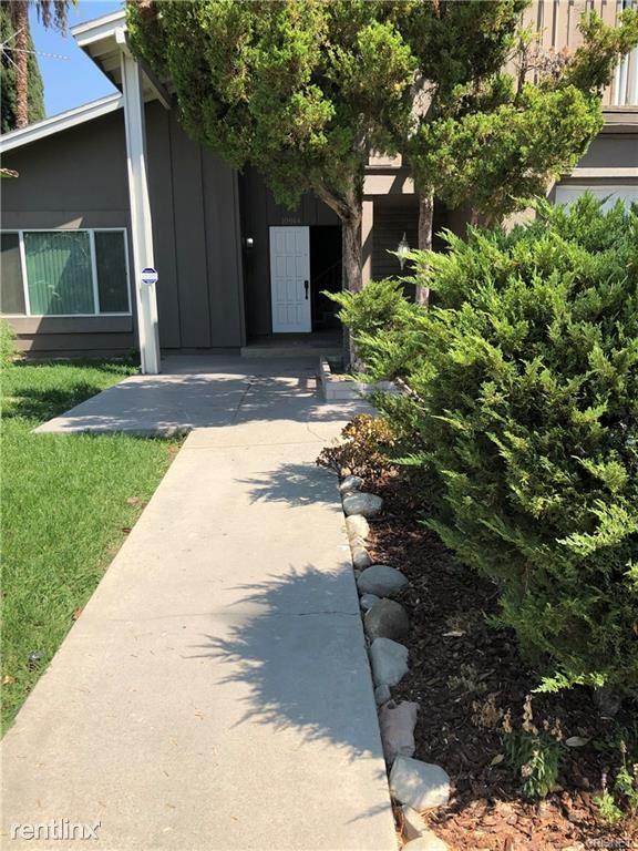 10944 Lindley Ave, Granada Hills, CA - $3,990