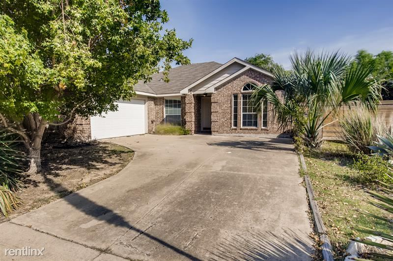 3302 Sewell Dr, Sachse, TX - $1,995