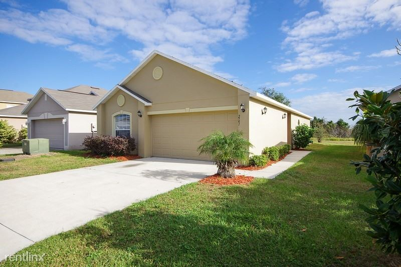 2741 WHISPERING TRLS DR, Winter Haven, FL - $1,399