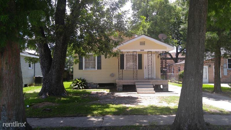 3934 Bauvais St, Metairie, LA - $1,495