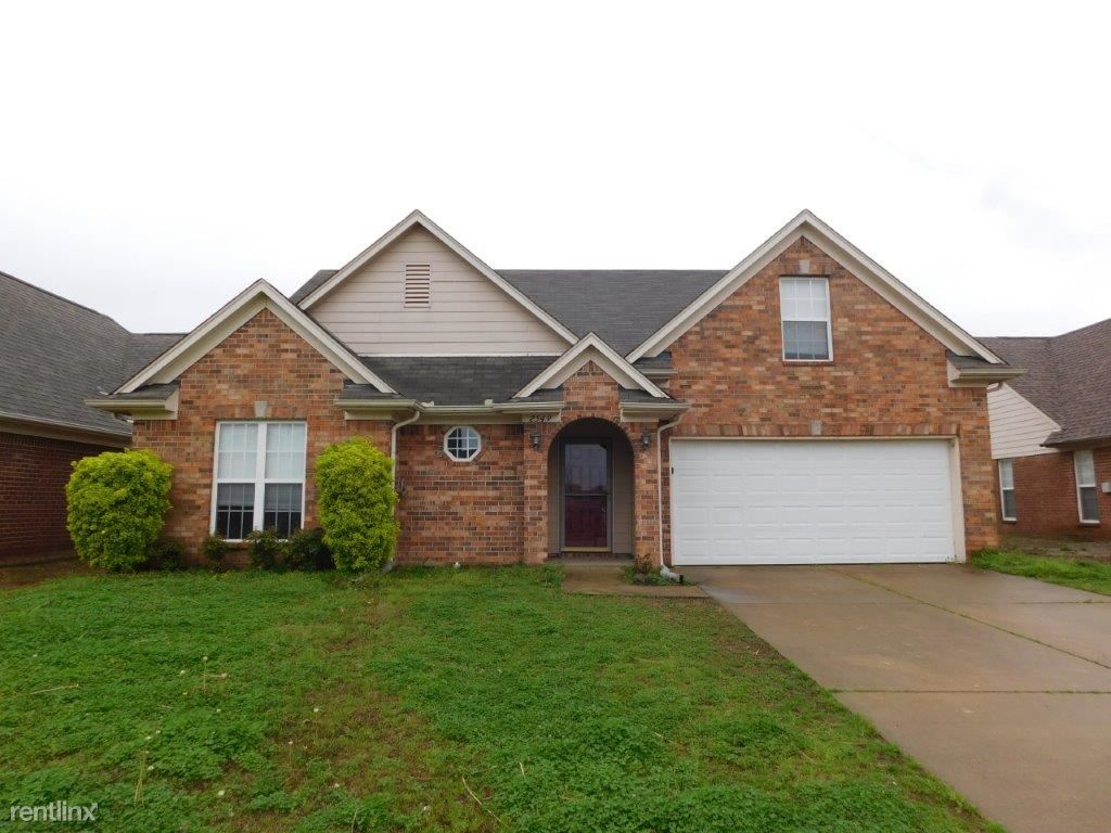 2549 Hunters Pointe Dr, Southaven, MS - $1,849