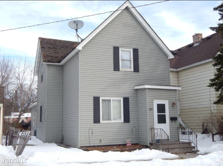 1615 N 18th St, Superior, WI - $1,200
