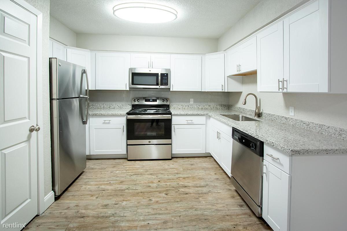 810 Deats Rd, Dickinson, TX - $1,075