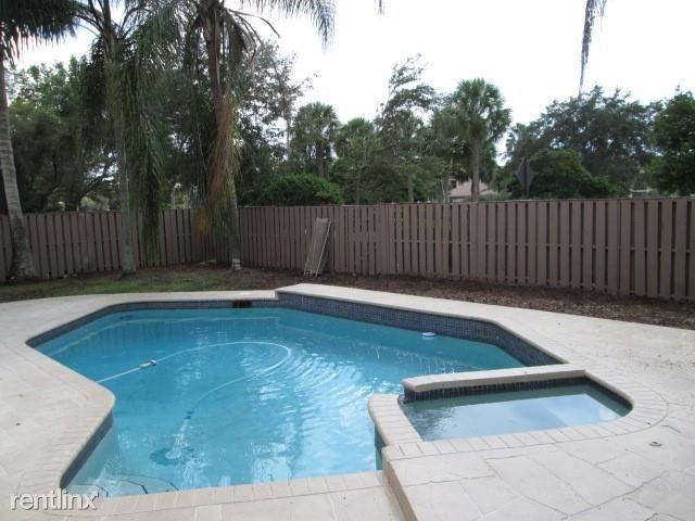 1521 NW 105th Ave # 0, Plantation, FL - $3,300