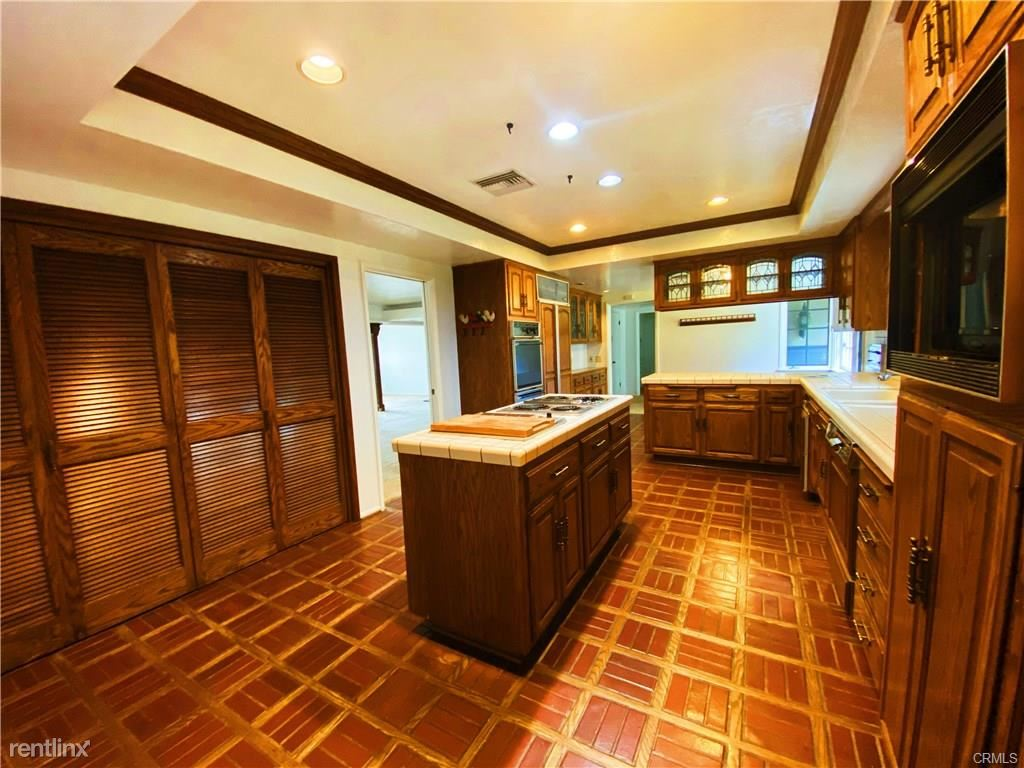 127 W Lemon Ave, Arcadia, CA - $4,500
