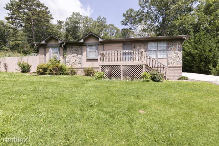 3082 QUEENSTOWN RD, Trussville, AL - $1,349