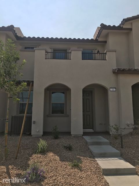 20 Alamere Falls Dr, Las Vegas, NV - $2,000