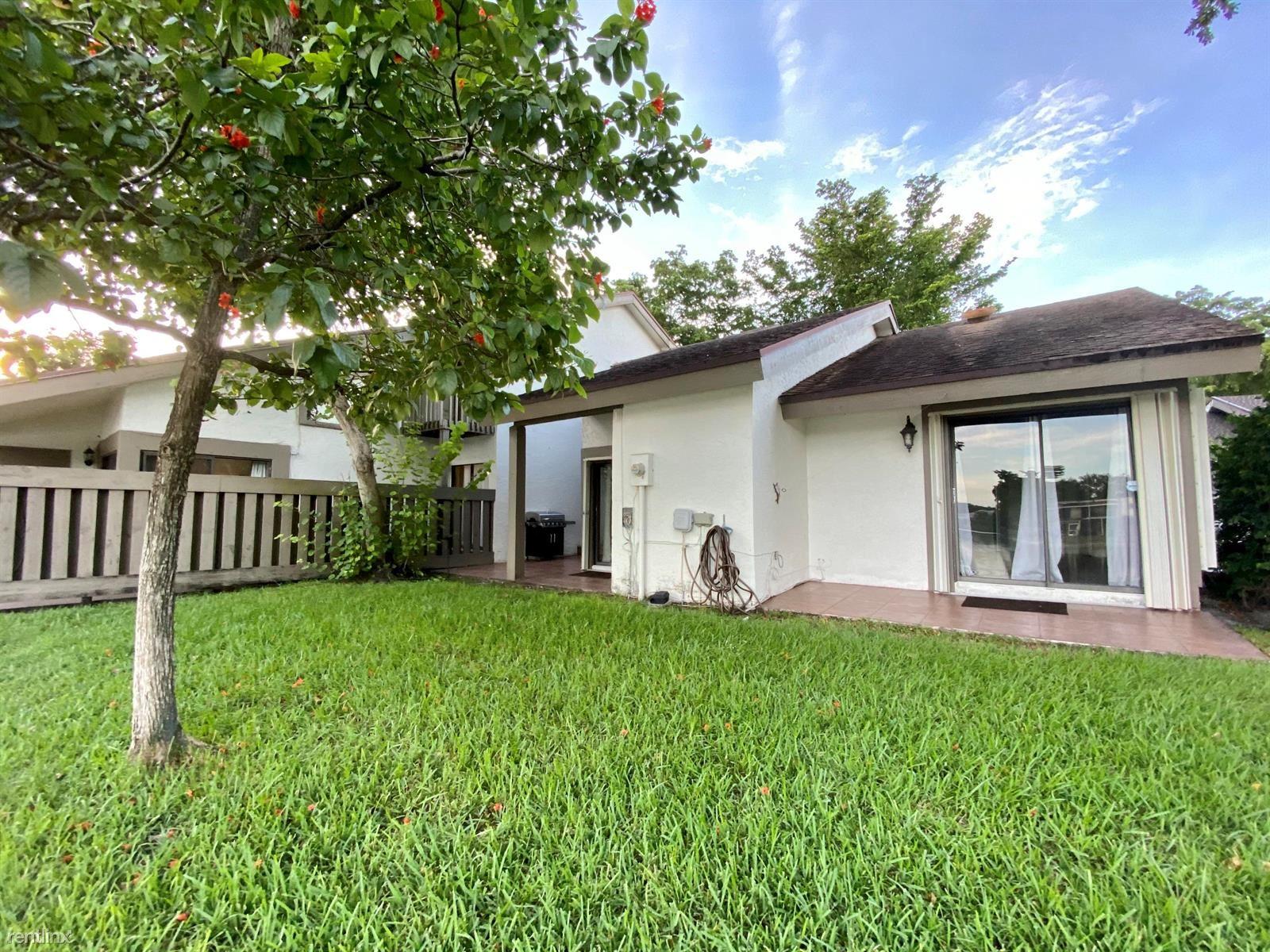 9274 SW 1st St # 408, Plantation, FL - $2,300