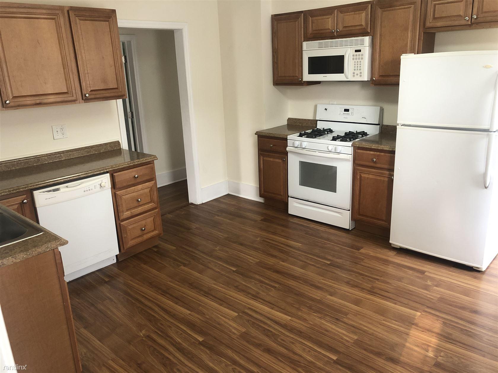 Hinckley Avenue, Stamford, CT - $2,350