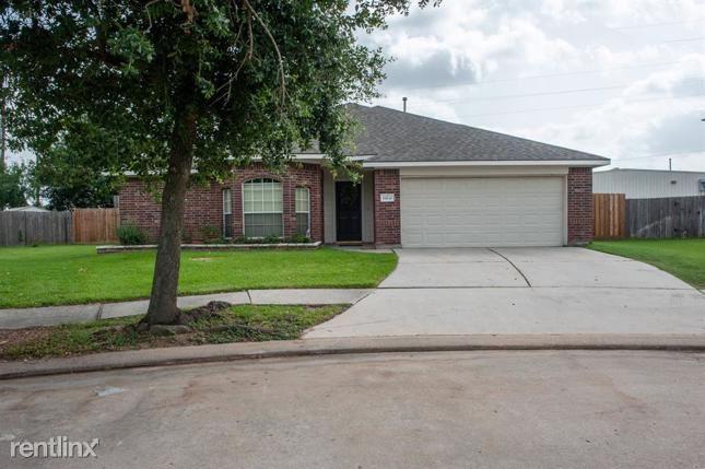 19630 Tularosa Lane, Tomball, TX - $2,240