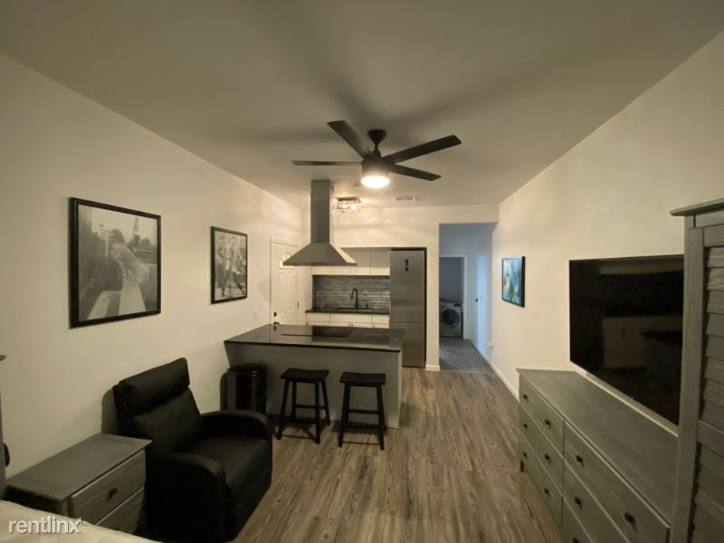 1708 Weatherwood Court, San Marcos, CA - $1,500